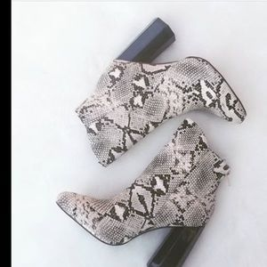 Shoes - NEW Snake Print Booties